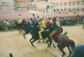 Siena - every year the palio renews a contest between the city's districts - Credit - De Agostini Picture Library