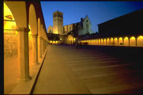 The Basilica of S.Francesco - the open gallery - night view - Credit - APT Umbria